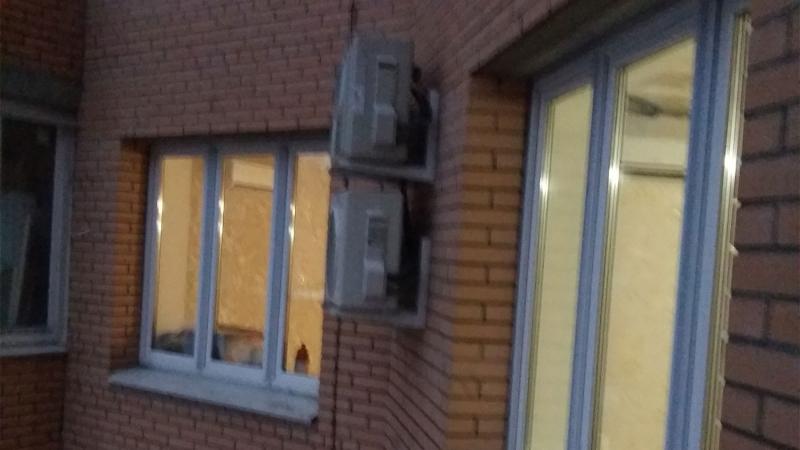 Квартира на Бухаресткой. Внешние блоки Gree и Daikin