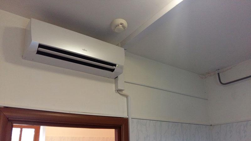 Монтаж кондиционера Fujitsu в коттеджном поселке Репинская усадьба